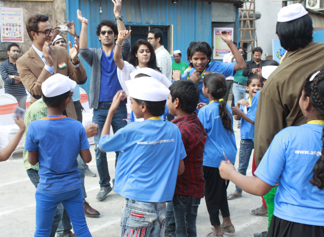 Shashi Sumeet Productions gifts a day of fun to the kids from Angel Xpress this Republic Day